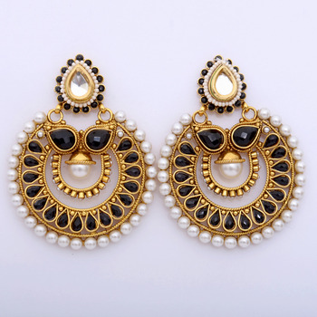 Dazzling Black and Gold Chaand Danglers