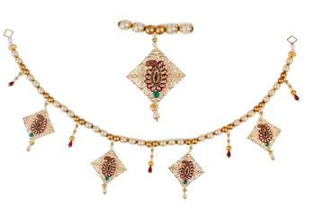 Torans / Door Hanging/ Bandhanwar in big Pearls and Red hangings