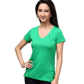 V Neck : relaxed Fit : Green