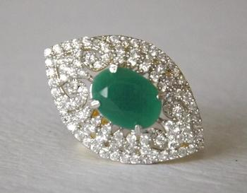 Leaf Shaped Ring with Emerald & Diamonds in Green