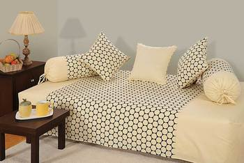 Cream and Black Colour Geometrical Pattern Diwan Set with Bolster and Cushion Covers