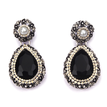 Beautiful Fashion Earrings