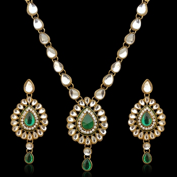 Antique jewelry white kundan like work green necklace set b160g