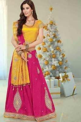 Pink silk zari, stone & cut worked saree in yellow pallu & blouse