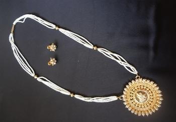 Elegant Pearl Laxmi Pendant Necklace