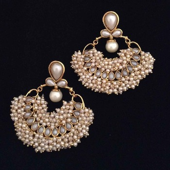 Chandni pearl traditional India hand-made bollywood jewellery earring