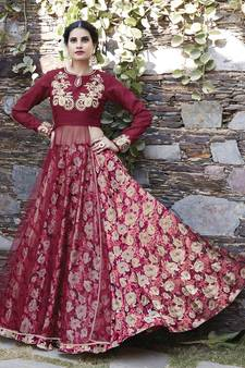 d86b4e9160 Pakistani Lehenga Online Shopping @ Mirraw Bridal Designs