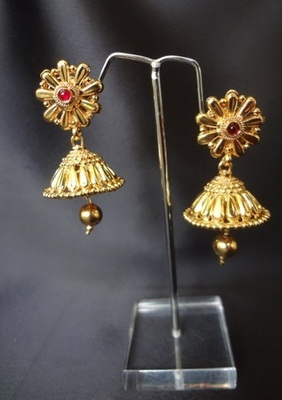 Basic Golden Jhumka's with Ruby