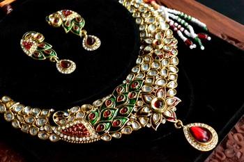 Peacock Kundan jewellery set with pearl & semi-precious stone grand Kundan gold plated necklace set