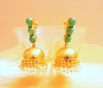 green golden jhumki
