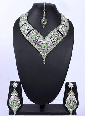 Royal Silver Light Green Floral Necklace Set