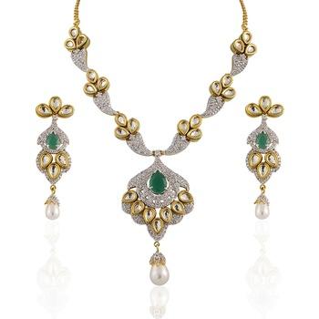 Heena Traditional single green stone polki shaped necklace set @ HJNL10