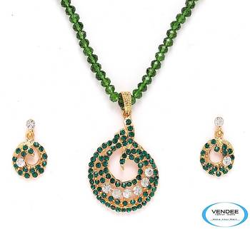 Vendee-party wear pendant set (3963B)