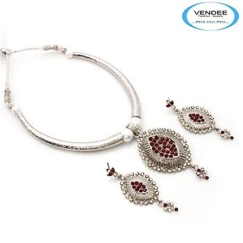 Vendee-Indian wedding fashion designer diamonds Necklace set (6853)