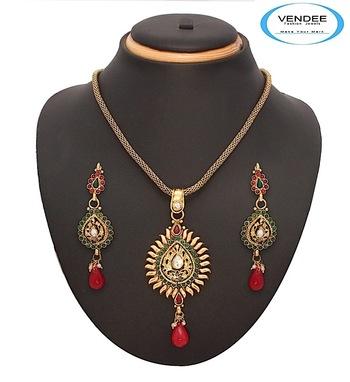 Vendee-Fashion Designer Copper Pendant Set Jewelry (7061)