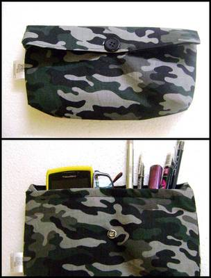Miltary printed small clutch::Make up pruse