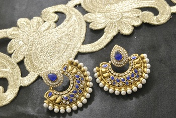 05777aeeb5662 Beautiful blue colour earrings look a like ram leela