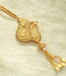 Gold kundan kundan key chain