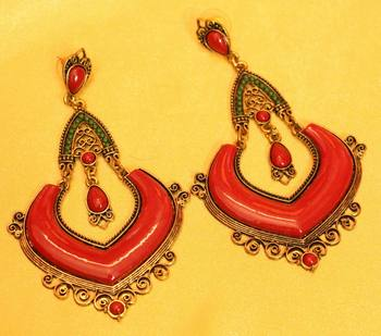 Multicolour Green & Red Antique Plating Fashion Earrings