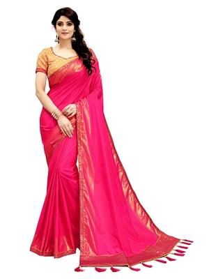 Magenta Plain Silk Blend Saree With Blouse