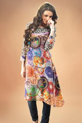 Multi colour Georgette Pakistani Kurti Comprising Traditional Motif