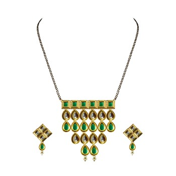 Golden Kundun Stud Gold Platted Brass Mangalsutra