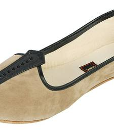 Beige Women's Mojaris