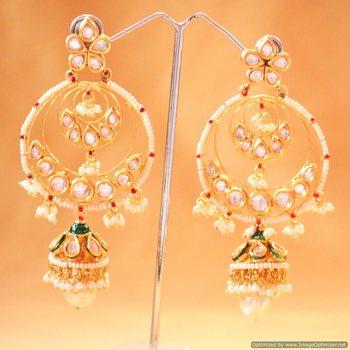 Beautiful Kundan And Pearl Jhumki