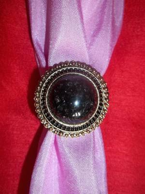 antique look black stone ring