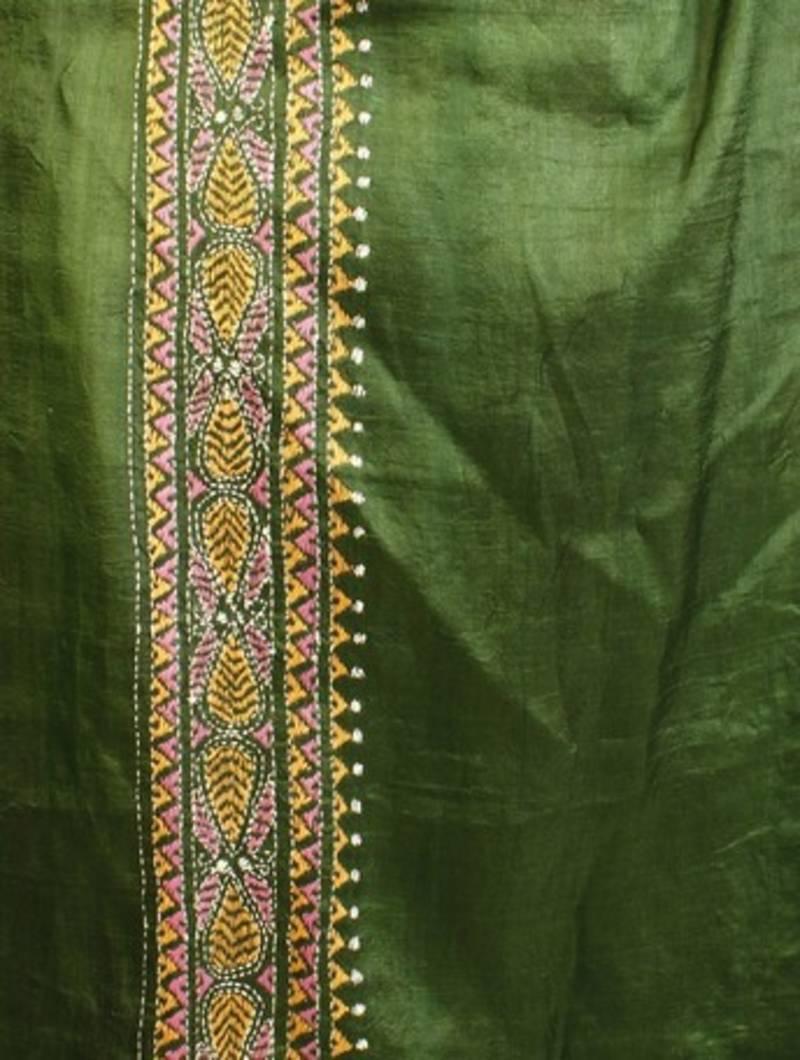Buy Magenta Amp Green Tussar Silk Saree With Batik Amp Kantha