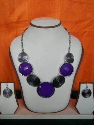 oxidised silver and purple necklace set with matching earrings