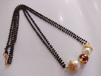 Cute Black Beads Necklace
