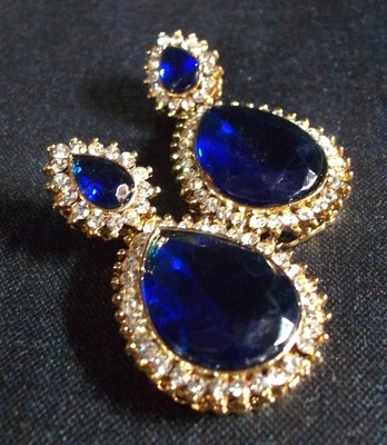 Pearl stone drop dark Blue earring
