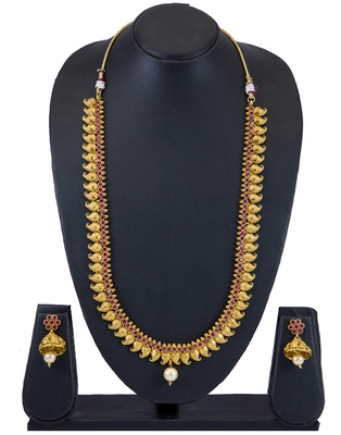 Sukkhi Moddish Kairi Design Gold Plated Long Necklace Set for women