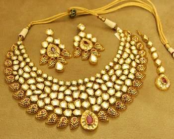 Royal Uncut Kundan Meenakari Ruby Wedding Bride Necklace Set