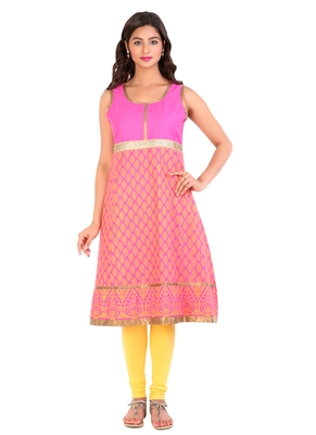 Pink printed cotton stitched kurti