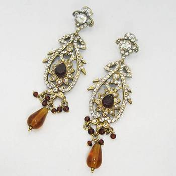 Victorian Earring Long Pale Yellow Dangler