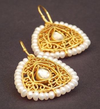 Filigree Pearl Kundan Earring