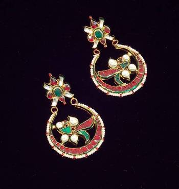 Ethnic Peacock Design Cut Stone Earring