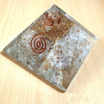 Clear Quartz Orgonite Pyramid Size - 3-3.5Inch Chakra & Reiki  Aura Cleansing