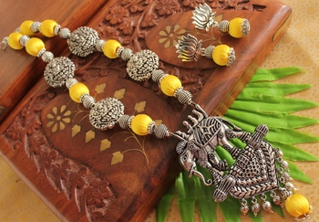 Beautiful Handmade Yellow Silk Thread Elephant Necklace Set