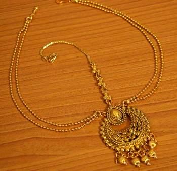 Gold Look Chaand Bali Style Bridal Maang Tikka