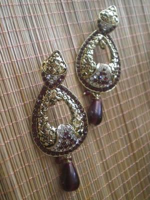 Maroon Golden Earrings-05084