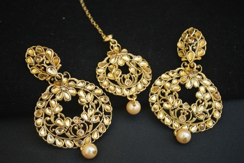 Lustorious Gold Tone Antique Maang Tikka Jewelry set.