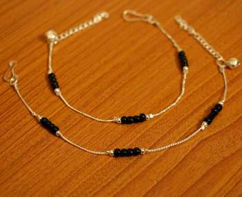 Silver Look Blacke Beaded Light Weight Anklets