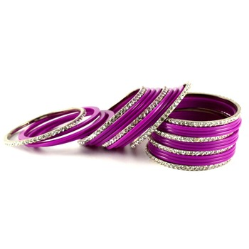 Fashionable Rani Color Bangles
