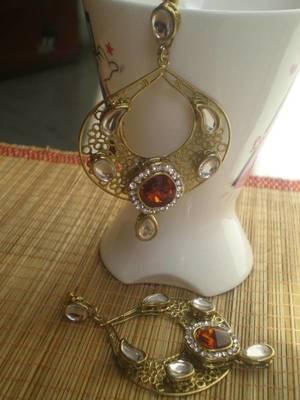 Red Gold Earrings-05083