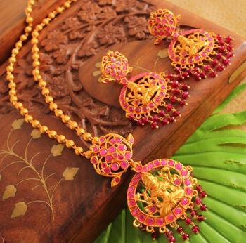 Beautiful Matte Finish Semiprecious Ruby Lakshmi Necklace Set