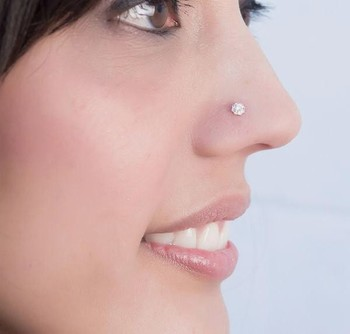 Diamond Stone Elegant Look Designer Nose Pin
