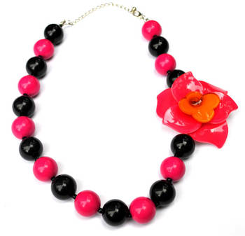 Colourful beads necklace